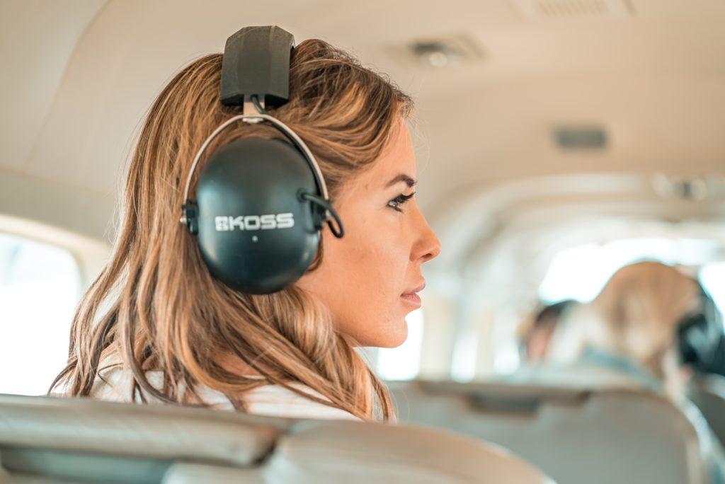 dlaczego warto słuchać podcastów wing person